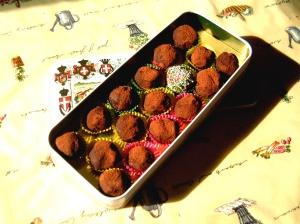 Σοκολατάκια κάστανου με επικάλυψη κακάου