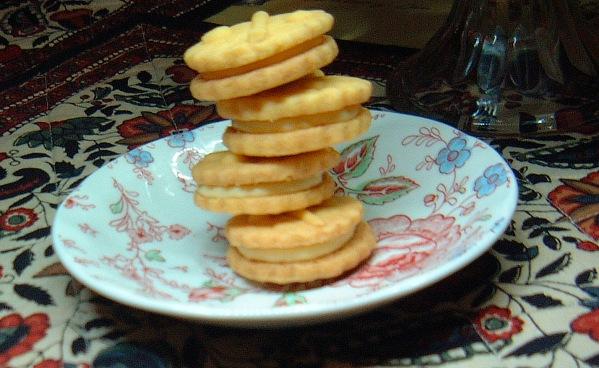 custard creams pile lenafusion.gr